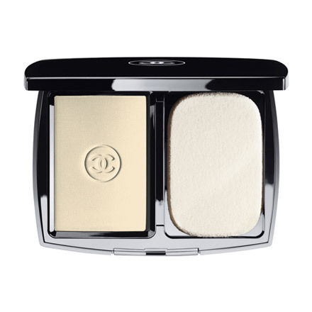 Mat Lumiere Long Wear Flawless Powder Compact Makeup / CHANEL