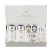 AQ Meliority Luxurious Coffret Special Selection. / COSME DECORTE