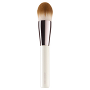 The Foundation Brush / De La Mer