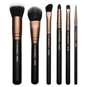LOOK IN A BOX: ADVANCED BRUSH KIT / M・A・C